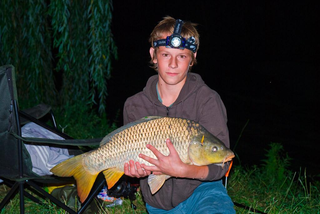 Nočního lovu se může zúčastnit i mládež nad 15 let s doprovodem osoby starší 18. let